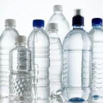 Acqua in bottiglia, un'imbarazzante storia italiana