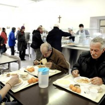 Allarme povertà per le famiglie italiane