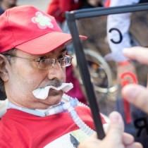 Prc: con un lungo applauso il congresso saluta il leader dei malati di Sla