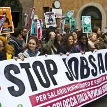 A Salvini piace il jobs act, contro i lavoratori, come il Pd