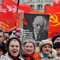 I comunisti russi contro il bando del PC ucraino