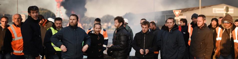 Francia: scontro media-sindacati su testo jobs act