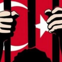 Vietato essere testimoni di pace in Turchia, espulso il sindaco Massimiliano Voza