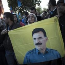 Pullman per manifestazione nazionale a Milano per la liberazione di Ocalan e di tutti i prigionieri politici in Turchia