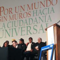"""Evo Morales chiede un """"mondo senza muri"""" dove nessuno è illegale"""