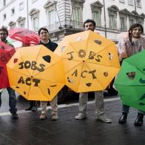 Il Jobs Act nelle urne. L'Ocse tira la volata a Renzi. No di Cgil e Potere al Popolo