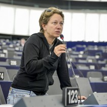 """Approvato nelle Commissioni Commercio Internazionale e Diritti delle Donne del Parlamento Europeo il Rapporto """"Uguaglianza di genere negli accordi commerciali delle UE"""""""