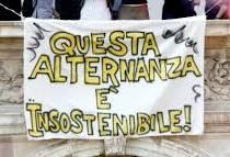 Studenti siciliani in alternanza scuola-lavoro sui sottomarini e i caccia da guerra