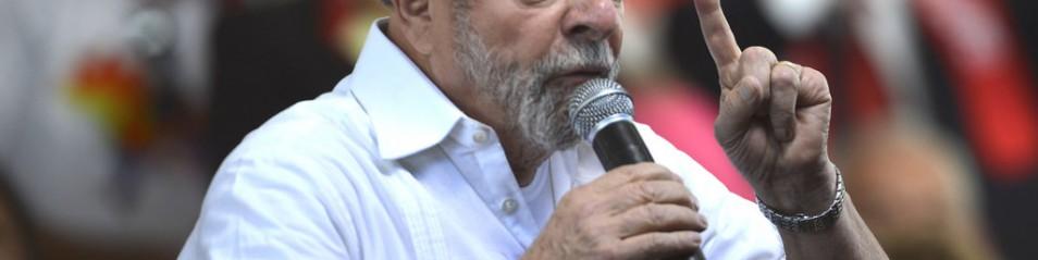 Una canzone di solidarietà a Lula