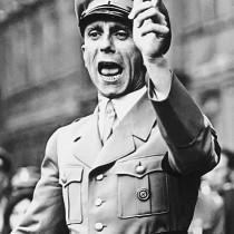 Rom, Acerbo: «Salvini abolisca l.Fornero invece di imitare Goebbels!»