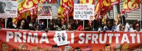 In ventimila a Roma contro il governo: «Prima gli sfruttati»