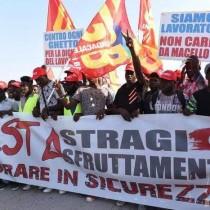Acerbo e Forenza in manifestazione a Foggia: contro il caporalato e il razzismo. Cancellare l.Bossi-Fini