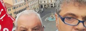 Ormai è vietato pure salire sui tetti: Daspo agli operai licenziati