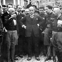 """""""Fascismo"""": il nome e la cosa"""