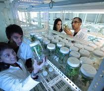 Sanità, Prc: «Schedatura scienziati altro segnale repressivo del governo»