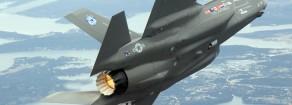 Il momento è adesso: Guerra. La portaerei Cavour è pronta a recarsi negli Stati Uniti a caricare gli F35. Fermiamola