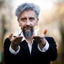 Intervista ad Ascanio Celestini Covid: 'Scarpe rotte, eppur bisogna andar'