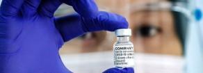 Il vero scandalo vaccini spiegato da Pfizer. Multinazionali fanno affari con la complicità dei governi