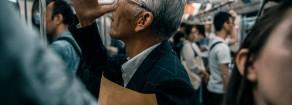 Ridurre l'orario di lavoro. Una priorità anche per i liberali…..giapponesi. E da noi?