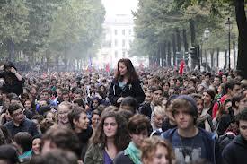 Domani in piazza con gli studenti contro questo governo che continua a fare regali alle scuole private