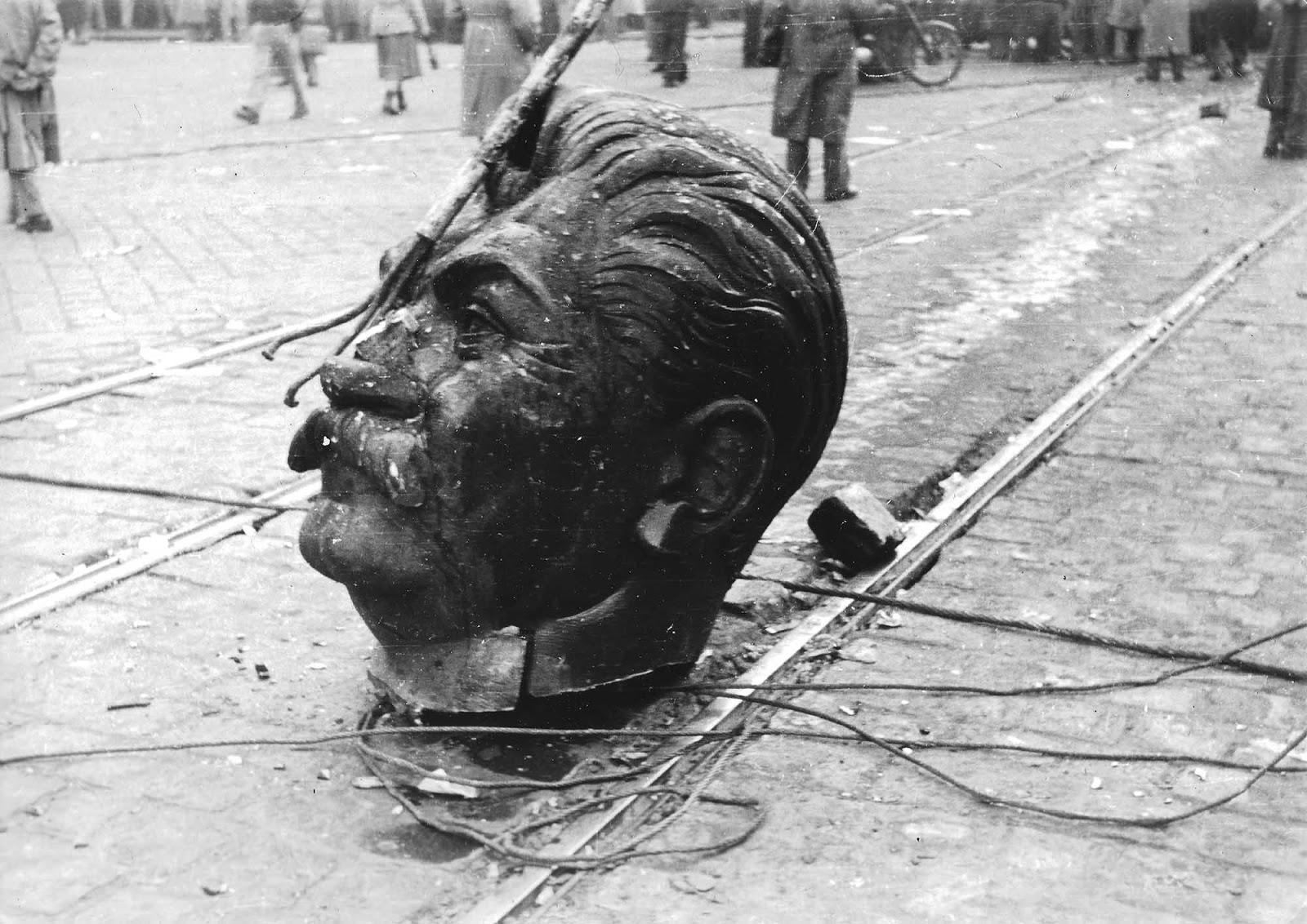 stalin_budapest_1956_1