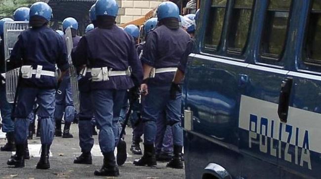 polizia-antisommossa-assetto