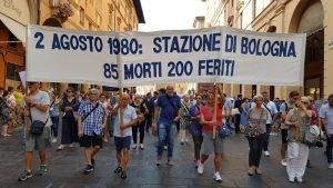 2-agosto_bologna_strage_2017_corteo-300x169