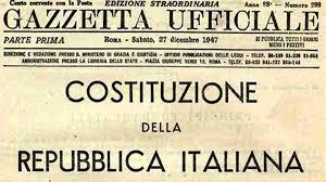 A Lampedusa si sequestrano persone, a Roma la Costituzione
