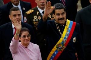Nicolas Maduro con la oglie Cilia Flores